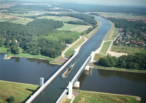 10 of the most amazing 10 most amazing water bridges around the world