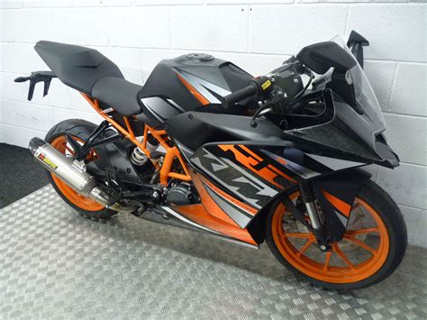 Ktm Sports Bikes Ktm Rc 125 2015 Sports Bike Now With Free Akrapovic