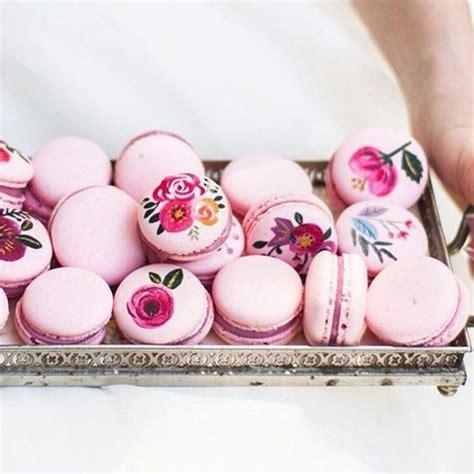 Celana Flaminggo painted macarons macaron inspirations recipes