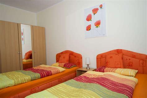 ferienwohnung berlin 2 schlafzimmer ferienwohnung schwalbenflug in berlin marzahn hellersdorf