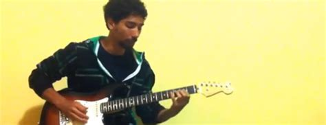 piedistallo chitarra lezioni chitarra elettrica lezioni di chitarra