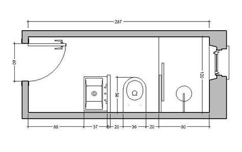 disposizione bagno rettangolare bagno stretto e lungo come ristrutturare e disporre
