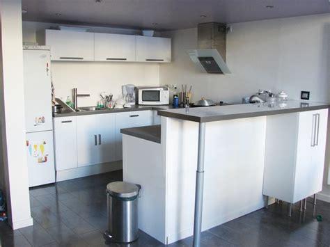 bar comptoir cuisine plan de travail de cuisine ikea cuisine moderne