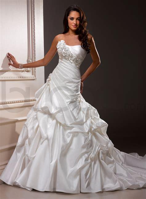 Taffeta Wedding Dress by Taffeta Wedding Dresses Sang Maestro