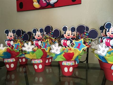mickey mouse clubhouse centerpiece ideas 25 best ideas about mickey mouse centerpiece on