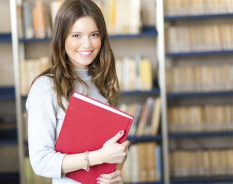 laurea in lettere laurea in lettere moderne il corso per lavorare nelle