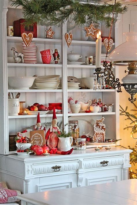 sprucing up kitchen cabinets how to spruce up your kitchen for winter ideas diy