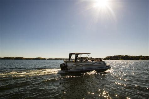 lake norman rent a boat lake norman boat rentals with captain
