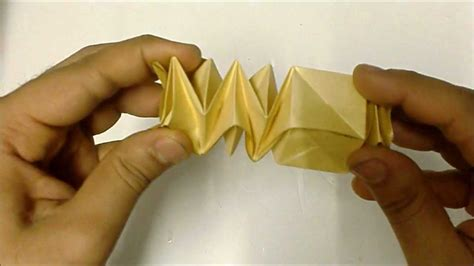 Twisted Origami - origami twisting cubetower