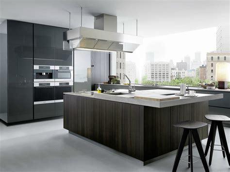 Poliform Kitchen Design Lacquered Wooden Kitchen With Island Artex By Varenna By Poliform Design Paolo Piva