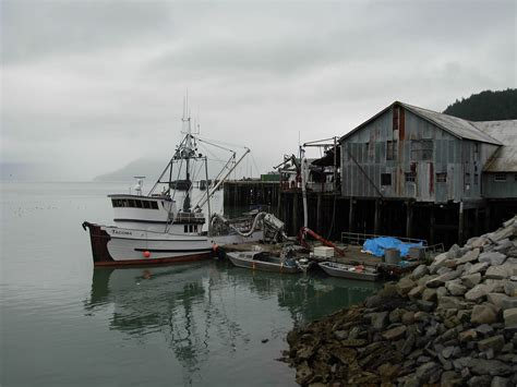 work fishing boat alaska file fishing boat tacoma wrangell alaska jpg