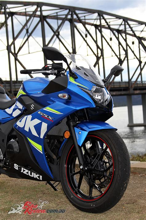 review  suzuki gsxr lams bike review