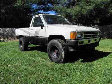1987 Toyota Tacoma Buy Used 1987 Toyota 4x4 Truck 22r Carb 5 Speed M T Alum