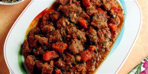 cucinare spezzatino di manzo ricetta spezzatino di manzo all indiana la cucina italiana