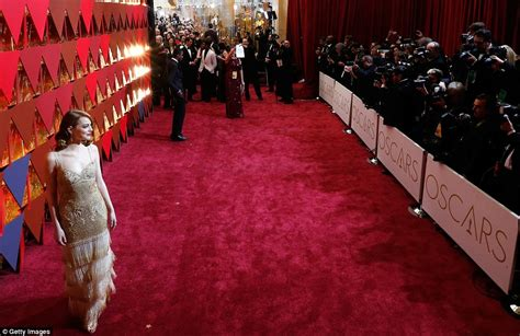 Im In Los Angeles For The Oscars by Oscars 2017 Carpet Live Daily Mail