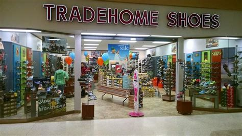 tradehome shoes shoe stores 1681 3rd ave w dickinson