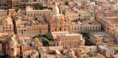 il giardino barocco noto sicilia orientale alla scoperta di noto un diamante