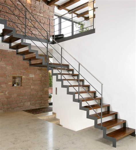 treppen aus stahl ehrf 252 rchtige treppe stahl holz haus design ideen