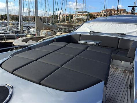tappezzeria per barche rifacimento interni barche senigallia ancona