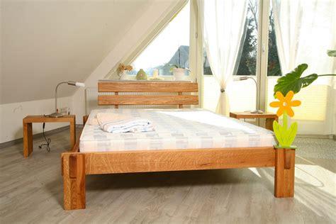 massiv betten günstig schlafzimmer betten g 252 nstig beste ideen f 252 r moderne