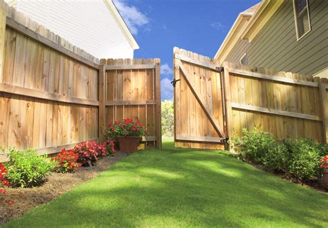 fence installation by the home depot