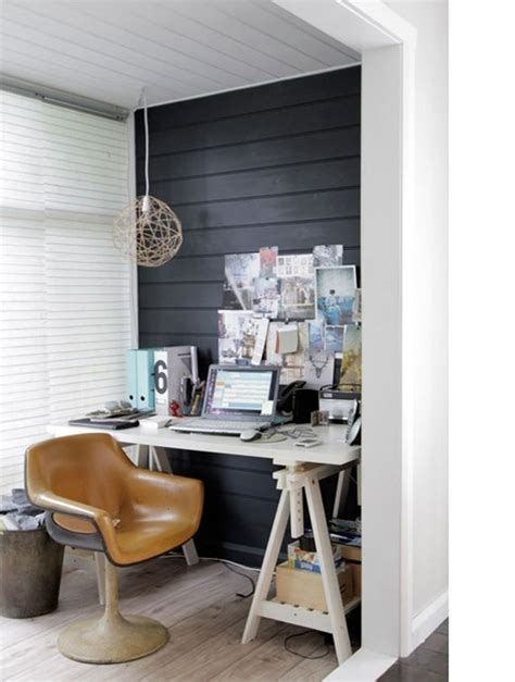 black wall  bold statement  interior design