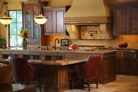 Tuscan Kitchen   Traditional   Kitchen   Seattle   by