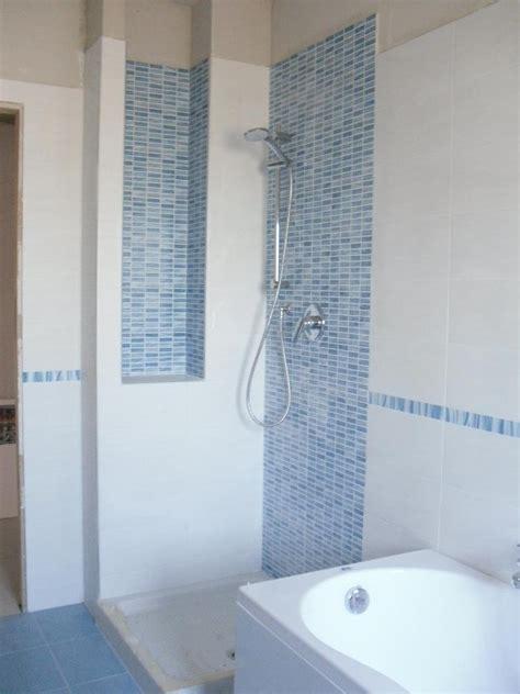 Bagno Mosaico Azzurro Piastrelle Bagno Mosaico Azzurro Trendy Piastrelle