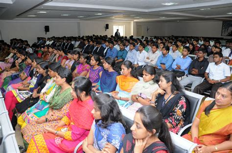 Mba Courses In Coimbatore by Fees Structure And Courses Of Psg Institute Of Management
