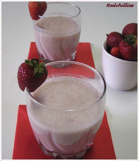 Split Milkshake Banana Vanilla Strawberry Milkshake Liquid Us strawberry banana milkshake redchillies