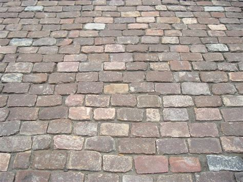 Cobble Patio by Antique Cobblestone Patio Gardens And Courtyards