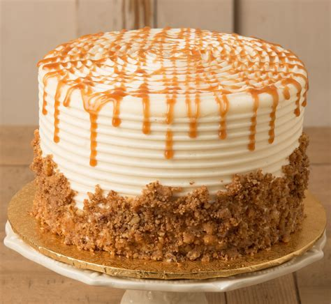 Carrot Cake Decorating Ideas Pictures 67611   Carrot Cake Cr