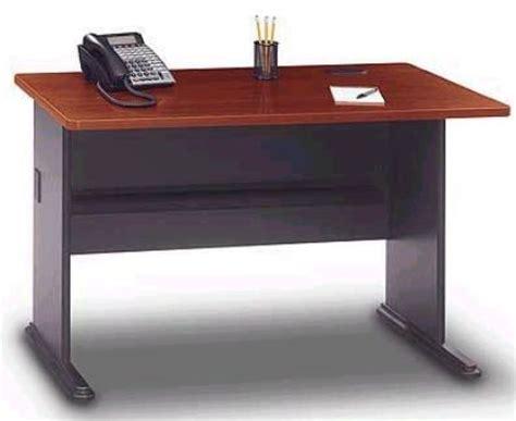 bush office desk easy bush office desk on small home remodel ideas with