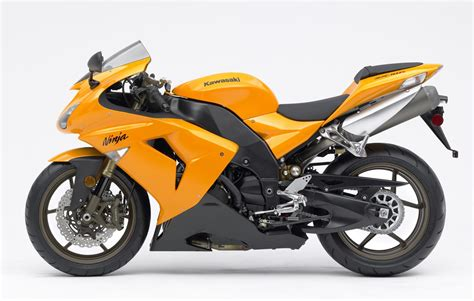 2007 Kawasaki Zx10r by Zx 10r 2006 2007 Review Visordown