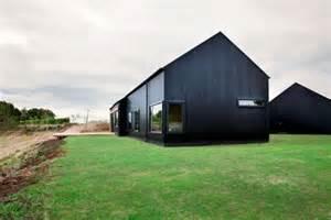 Contemporary Black Barn In Waikato Wins National