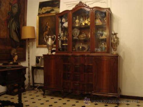 recogida muebles cadiz antigua vitrina madera tratada tallada cri comprar