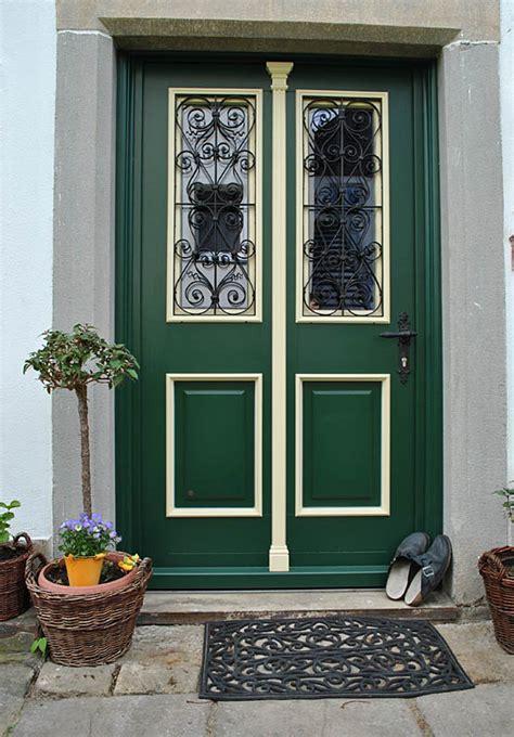 Haustueren Kaufen by Haust 252 Ren Holz Bauernhaus Kaufen Nzcen
