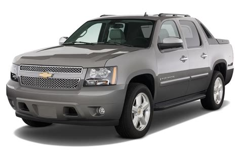 car engine manuals 2006 chevrolet avalanche user handbook 2013 chevrolet avalanche reviews and rating motor trend
