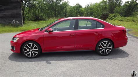 red volkswagen jetta lady in red 2013 volkswagen jetta gli limited slip blog