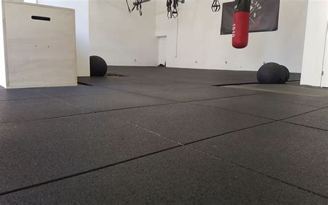 pavimento antiurto piastrelle gomma palestra mattonelle gomma crossfit