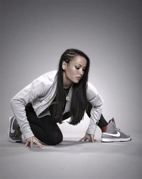 Samuel Flores Poze Stephanie Nguyen Ii Actor Poza 2 Din 3