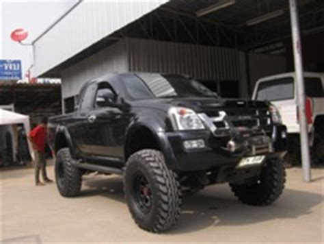 isuzu dmax lifted catalog