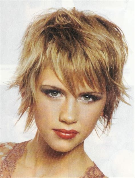 hair style for a nine ye short shaggy hairstyles for the unkempt beauty short