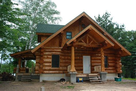 Handcrafted Log Home Builders - handcrafted heim log homes