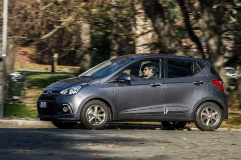 al volante hyundai i10 test nuova hyundai i10 autoappassionati it