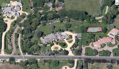 peyton manning s house peyton manning buys denver area mansion for 4 5 million for a deal viva colorado