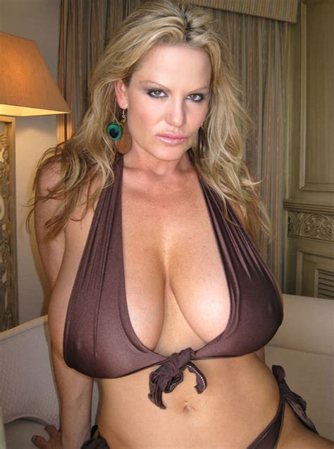 new large busted blonde milfs entry not available