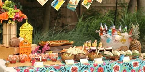 Bbq Backyard Wedding Entertaining Tropical Themed Party Ideas Free