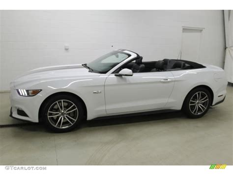 and white mustang gt white mustang convertible