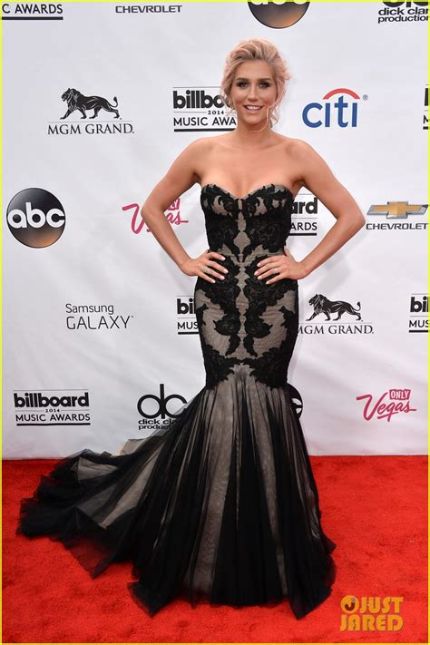Goes For Black Accessories The Awards by Sized Photo Of Kesha Goes Black Lacy For Billboard